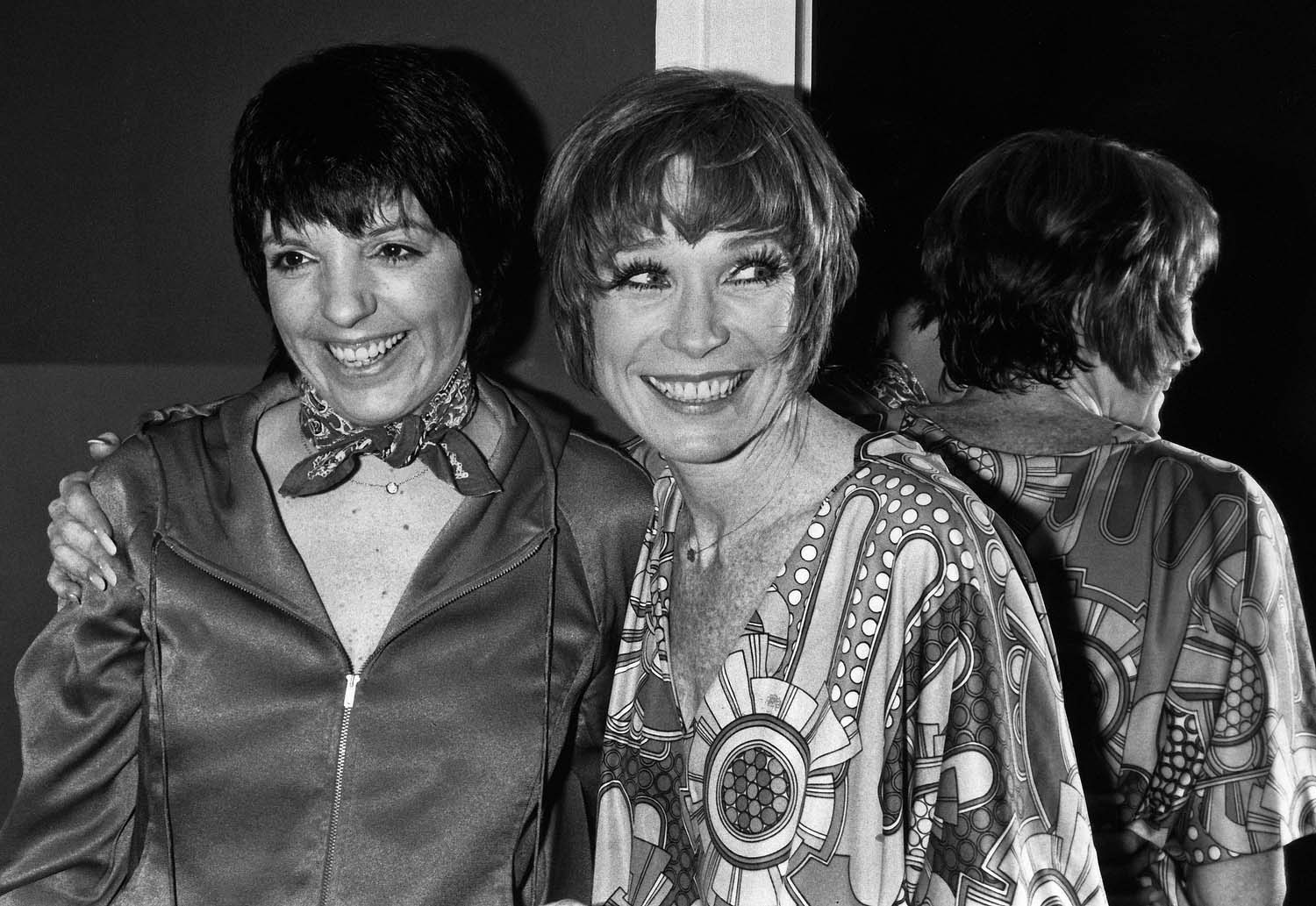 Shirley MacLaine and Liza Minnelli